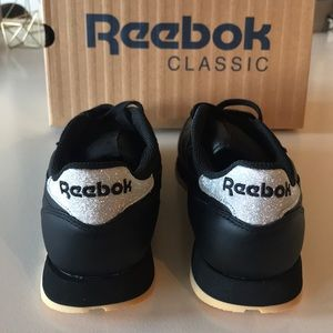 6ac5d87d19ac New Balance Shoes - NWT Reebok Classic Black Leather  Diamond Pack